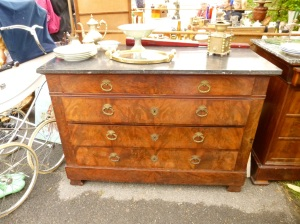 chest at auction